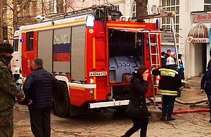 Машины ПО СП потушили магазин в центре Севастополя